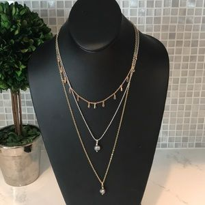 Lucky NEW (L) 3 Tier RoseGold, Silver, Gold Neckla